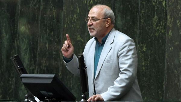 اظهارات عجیب حسینعلی حاجیدلیگان,سیلی نماینده مجلس به سرباز