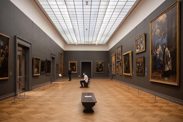 موزه« متروپولیتن» نیویورک,فروش آثار موزه« متروپولیتن» نیویورک