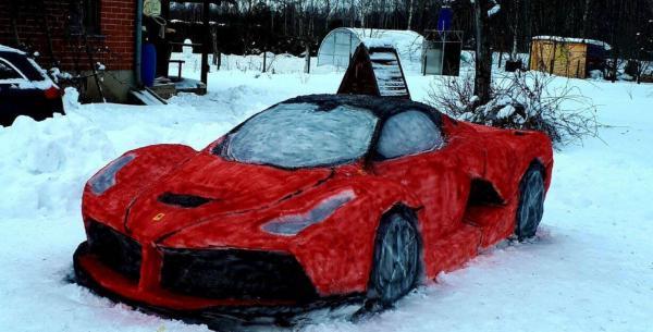 خلق هنرمندانه ماشین فِراری با برف,ماشین فِراری با برف