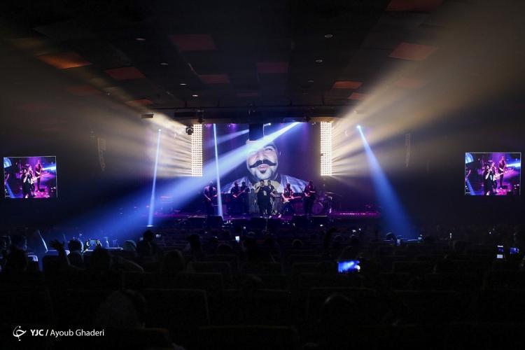 تصاویر کنسرت بهنام بانی,عکس های کنسرت بهنام بانی در کیش,تصاویر کنسرت بهنام بانی در جزیره کیش