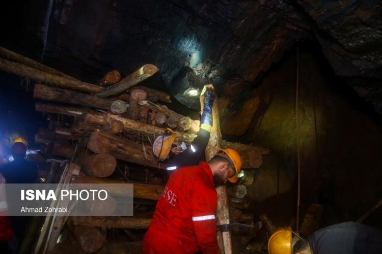تصاویر ریزش معدن ونارچ قم,عکس های ریزش معدن در قم,تصاویر ریزش معدن ونارچ