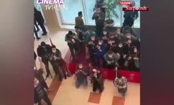 فیلم/ برگزاری جشنواره فجر بدون رعایت فاصلهگذاری اجتماعی!