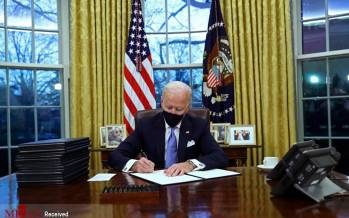 تصاویر دفتر کار جو بایدن,عکس های دفتر کار رئیس جمهور آمریکا,تصاویر جو بایدن در کاخ سفید