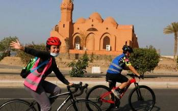 تصاویر دوچرخه سواری زنان و دختران در عربستان,عکس های دوچرخه سواری در عربستان,تصاویر دوچرخه سواری زنان عرب