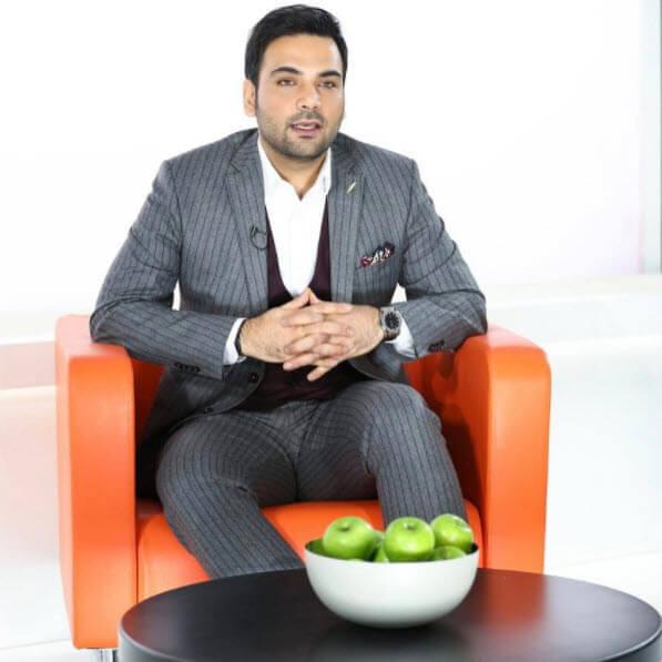 مجری تلویزیونی,گفتگو با احسان علیخانی,مصاحبه با علیخانی