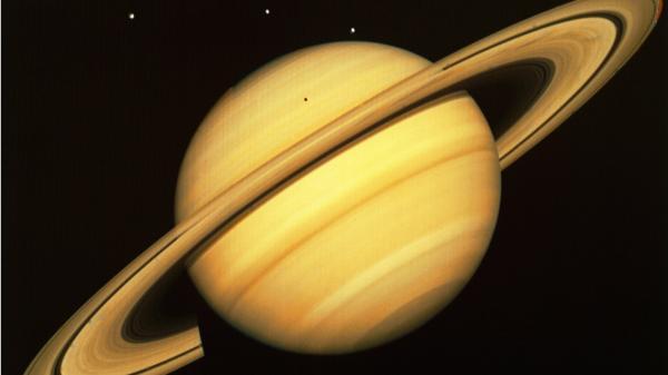 سیاره زحل,عکس سیاره زحل,سیاره کیوان