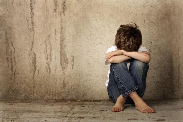 اعتیاد کودکان سیگار,اعتیاد کودکان یعنی چه,اعتیاد کودکان