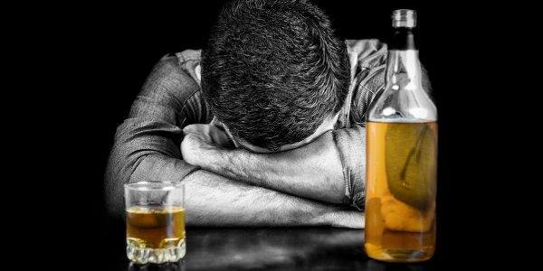 مطالب اعتیاد به الکل,اعتیاد به الکل نشانه ها علائم,اعتیاد به الکل