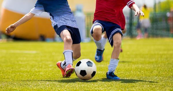 تکنیک های فوتبال,کنترل توپ در فوتبال,تکنیک كنترل توپ در فوتبال