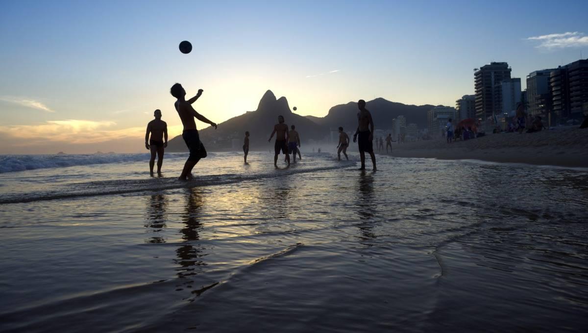 فوتبال ساحلی,قوانین فوتبال ساحلی,بازی فوتبال ساحلی