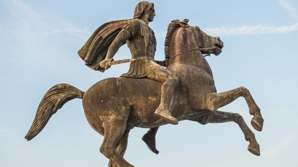 اسکندر مقدونی,همسران اسکندر مقدونی,حمله اسکندر مقدونی به ایران