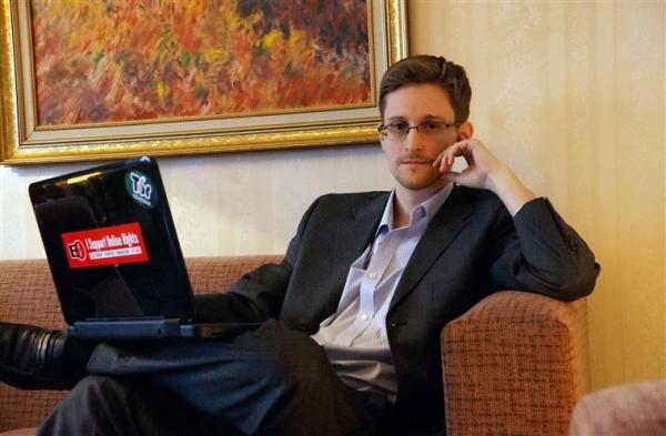 زندگینامه ادوارد اسنودن یکی از مشهوررترین هکرهای تاریخ
