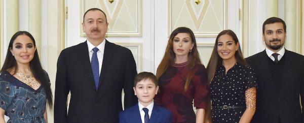 الهام علی اف رئیس جمهوری آذربایجان,همسر الهام علی اف,بیوگرافی الهام علی اف
