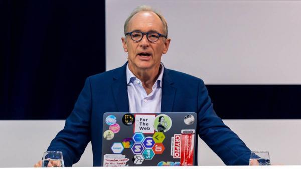 بیوگرافی تیم برنرز لی,تیم برنرز لی,مخترع شبکه جهانی وب