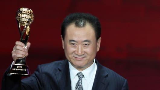 وانگ جیانلین,زندگی نامه وانگ جیانلین,سربازی وانگ جیانلین