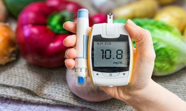 بیماری قند خون,علائم بیماری قند خون,روش های کنترل قند خون,رژیم غذایی دیابتی,دیابت