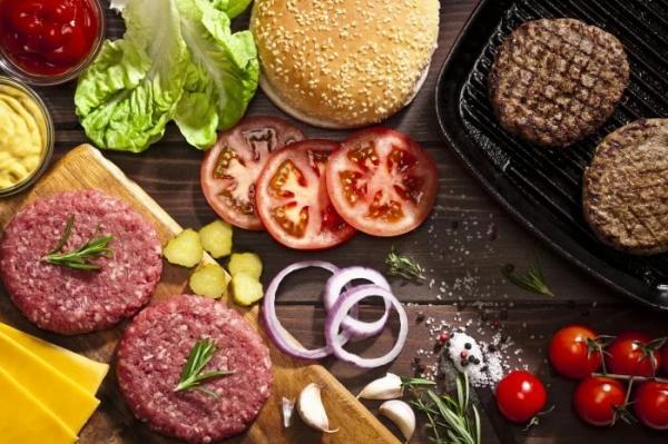 ,دستور پخت همبرگر,طرز تهیه همبرگر خانگی,نحوه درست کردن همبرگر