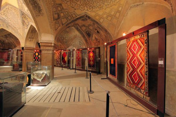 فرش های معروف موزه فرش,بررسی موزه فرش,موزه فرش