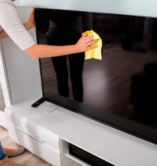 تمیز کردن صفحه نمایش تلویزیونLED,ترفندهای تمیز کردن صفحه نمایش تلویزیون,طرز تمیز کردن صفحه تلویزیون