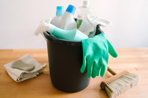 تمیز کردن فرش کرم,روش تمیز کردن فرش,تمیز کردن فرش