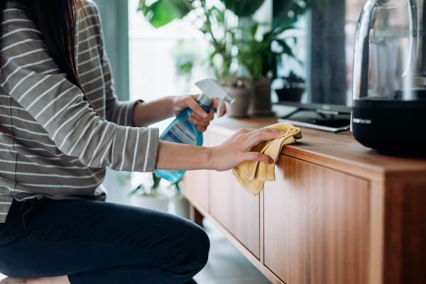روش تمیز کردن وسایل چوبی,طرز تمیز کردن وسایل چوبی,تمیز کردن وسایل چوبی