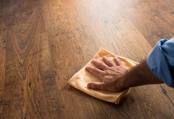 تمیز کردن وسایل چوبی,تمیز کردن وسایل چوبی با سفیدهتخم مرغ,طرز تمیز کردن وسایل چوبی