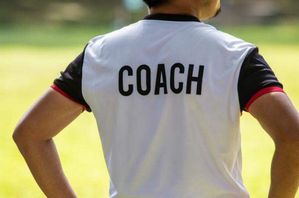 سرمربی فوتبال,چگونه سرمربی فوتبال شویم,سرمربی فوتبال شدن