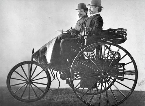 سالروز اختراع نخستین خودروی جهان,مرسدس بنز,ویژگی اولین خودروهای تولید شده کمپانیهای بزرگ,فولکس واگن,رولز رویس,صنعت خودروسازی,معروف ترین برندهای خودروسازی