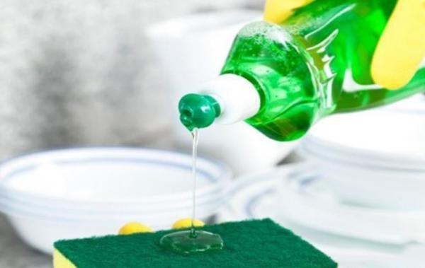 ضد عفونی کردن اسفنج آشپزخانه,اسفنج آشپزخانه,ترفندهای نظافت آشپزخانه