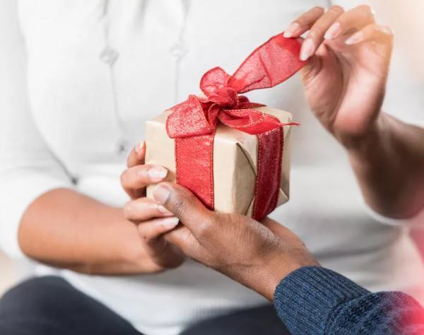 اشتباهات دوران نامزدی,دوران نامزدی چگونه باشیم,دوران نامزدی