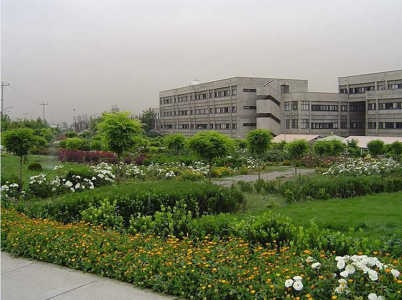 دانشگاه فردوسی,ساختمان دانشکده مهندسی,دانشکده علوم پایه دانشگاه فردوسی مشهد