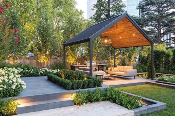 راه حل های تزیین باغ,تزیین باغ,استفاده از گیاهان گلدانی در تزیین باغ