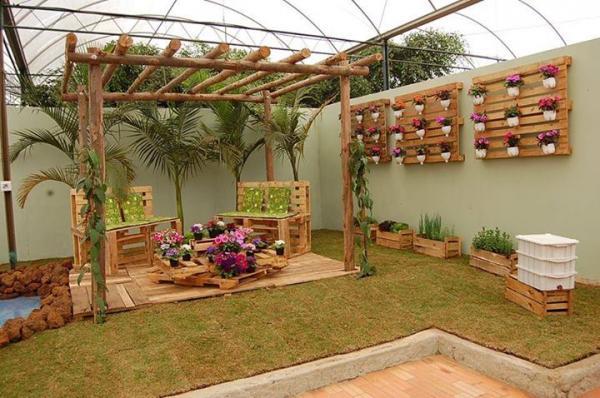 استفاده از آبنما برای تزیین باغ,طراحی باغ و ویلا,تزیین باغ