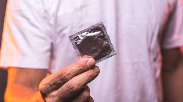علائم بیماری سوزاک در مردان,سوزاک چیست,سوزاک