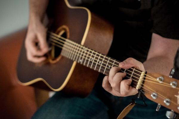 گیتار,عکس از گیتار,اکورد گیتار
