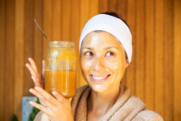 ماسک عسل برای از بین بردن لک صورت,ماسک عسل,ماسک عسل برای تغذیه پوست