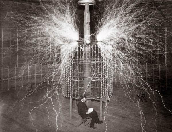 روشنایی قبل از اختراع برق,اختراع برق,ادیسون و اختراع برق