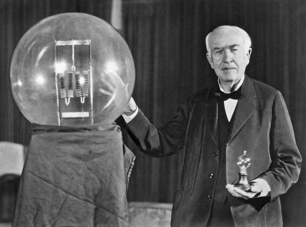 اختراع برق,هدف از اختراع برق,چگونگی اختراع برق