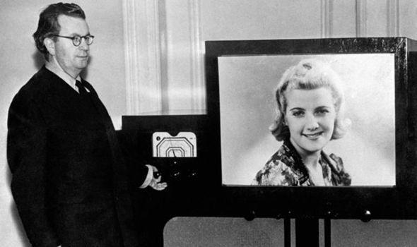 اختراع تلویزیون ال ای دی,اختراع تلویزیون,اختراع تلویزیون قدیمی تا الان