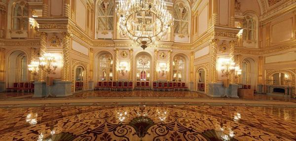 کاخ کرملین از مکانهای دیدنی روسیه,کاخ کرملین از مکانهای دیدنی روسیه,آشنایی با کاخ کرملین روسیه