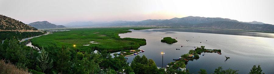 کردستان,دریاچه زریوار,طبیعت کردستان