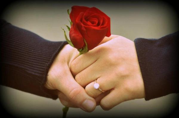 خواستگاری دختر از پسر,پیشنهاد ازدواج دختر به پسر,بهترین روش خواستگاری دختر از پسر