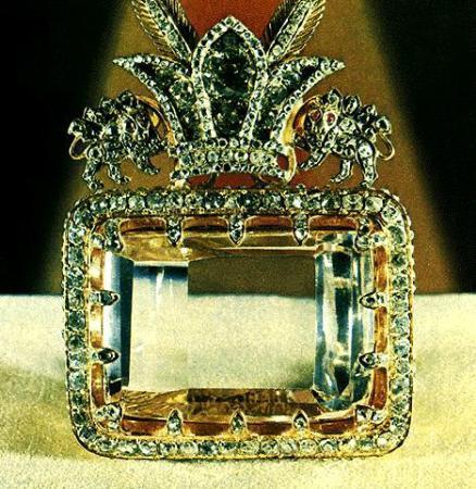 موزه جواهرات ملی تهران,موزه جواهرات ملی,آثار موزه جواهرات ملی