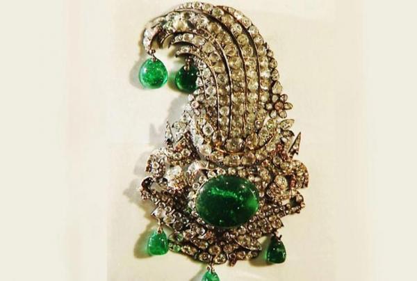 جقه نادری,تاریخچه موزه جواهرات ملی ایران,موزه جواهرات ملی