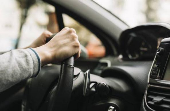 بررسی جزییات داخلی خودروها,قسمت های داخلی خودرو,وظایف پیستونهای خودرو