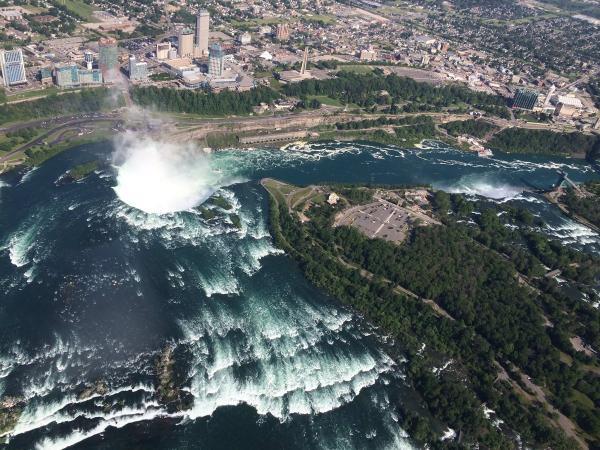 تصاویر یخ زدگی آبشار نیاگارا,آبشار نیاگارا,عکس آبشار نیاگارا