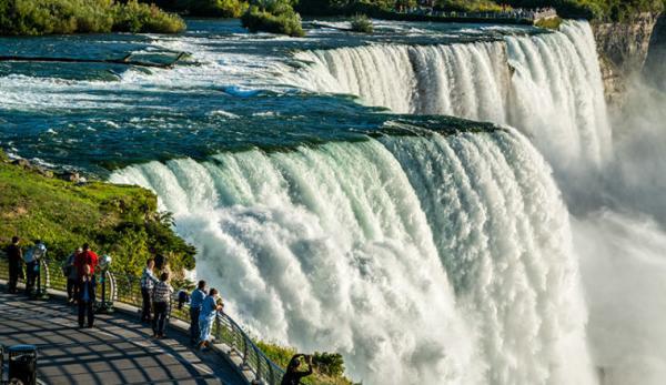 آبشار نیاگارا,آبشار نیاگارا در ایالت,یخ زدن آبشار نیاگارا