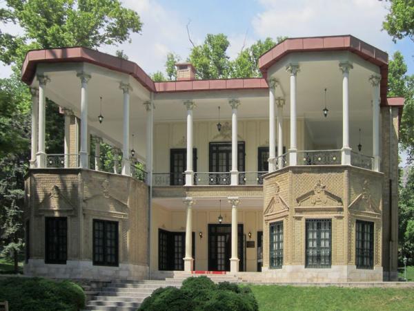 تاریخچه کاخ نیاوران,کاخ نیاوران ساعات بازدید,کاخ نیاوران