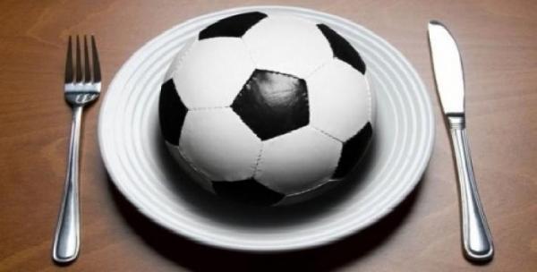 برنامه تغذیه در فوتبال,تغذیه در فوتبال شب فبل از مسابقه,تغذیه در فوتبال