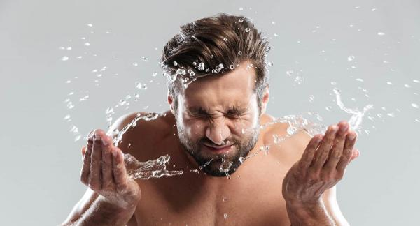 پاکسازی پوست چرب,دلایل ایجاد پوست چرب,صابون برای پوست چرب